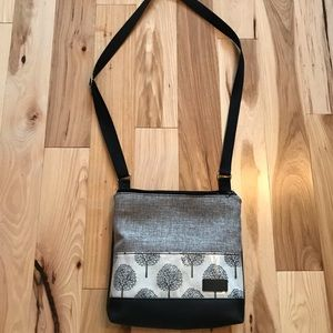 Handmade crossbody bag *vegan!*